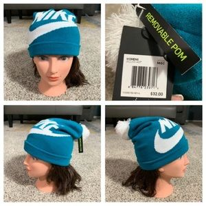 New Nike Hat With Removable Pom